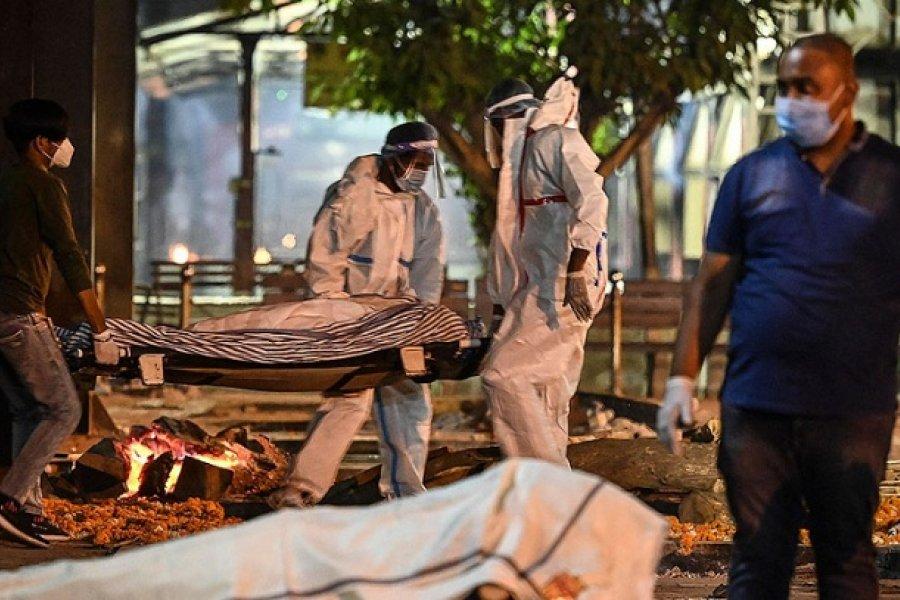 India recibe ayuda médica de EEUU mientras crece su brote récord de coronavirus