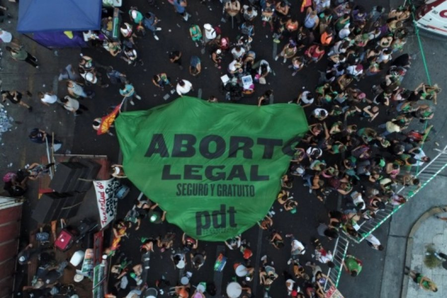 La Justicia frenó el aborto de una mujer por una cautelar presentada por su expareja