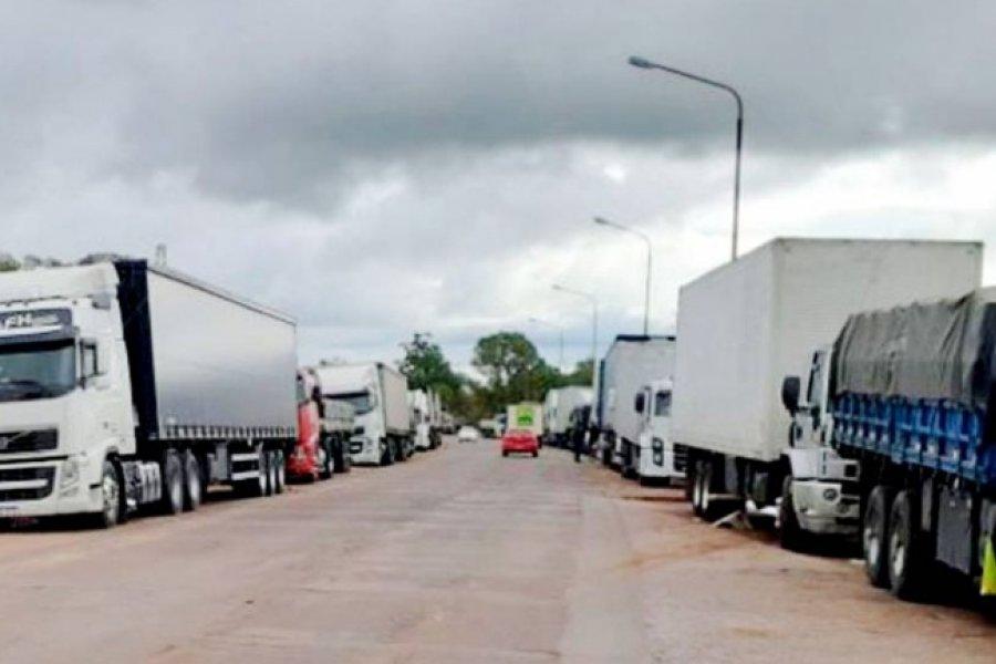 Vacunarán a los camioneros correntinos que cruzan las fronteras