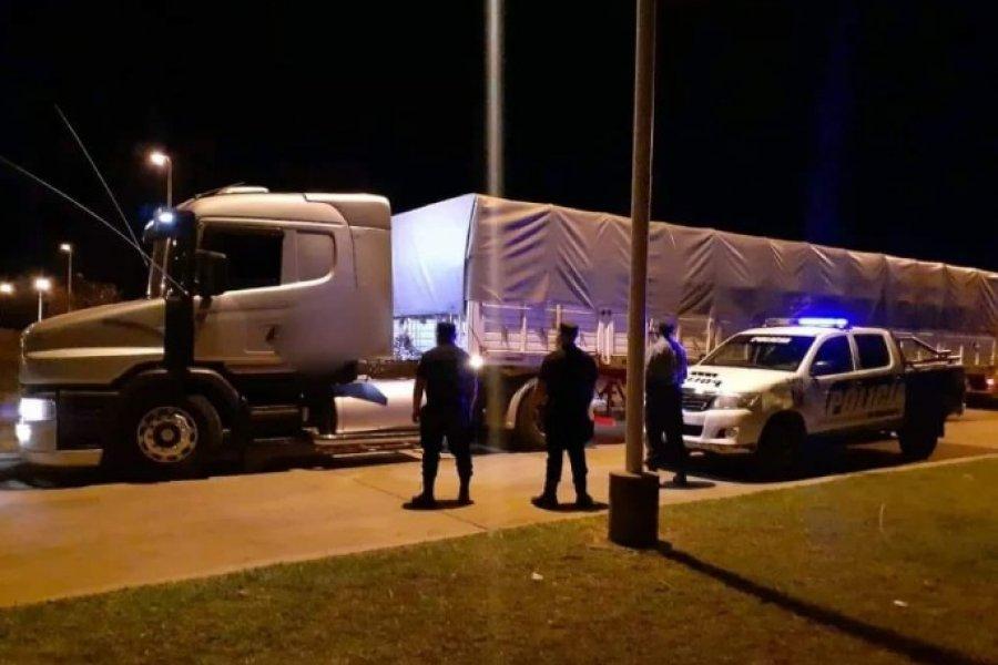 Atraparon a correntino con 63 mil kilos de soja de contrabando