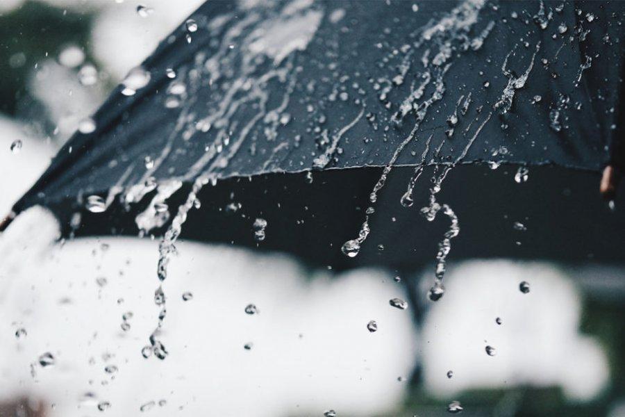 Otro día con fuerte llovizna y fresco en Corrientes