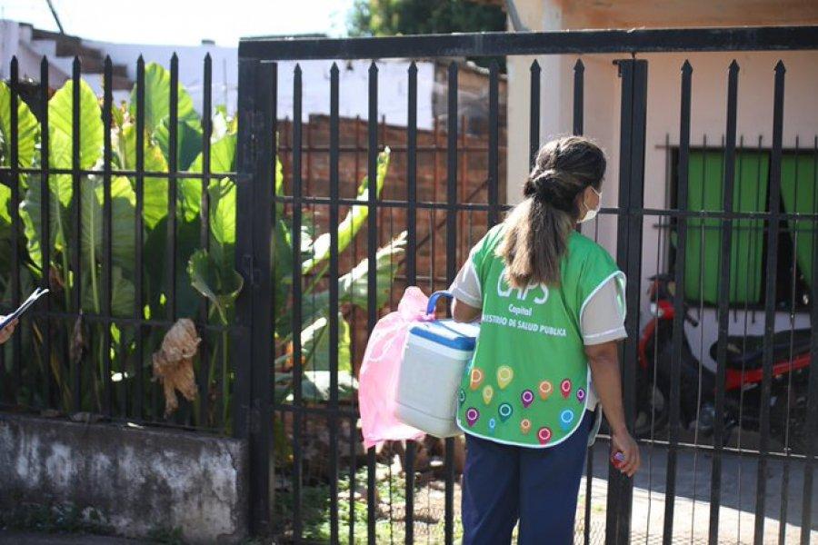 Continúa la inoculación casa por casa en los barrios Popular y Arazaty