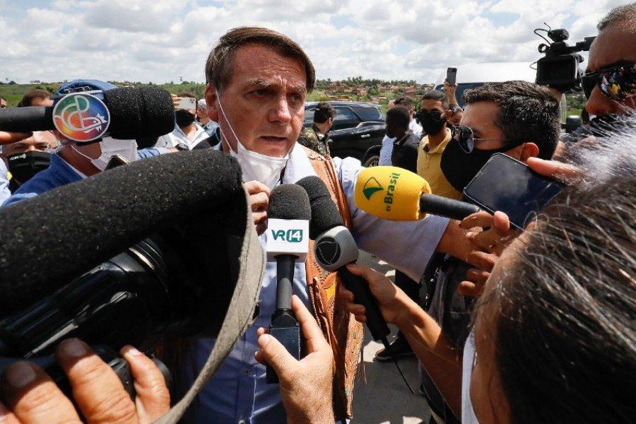 Bolsonaro lidera una multitudinaria concentración en plena segunda ola de coronavirus
