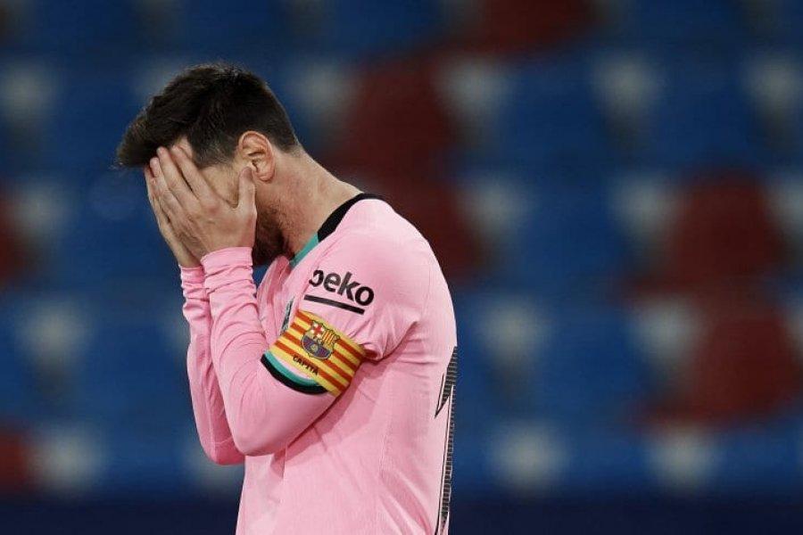 Barcelona empató con Levante y prácticamente se despidió de la Liga