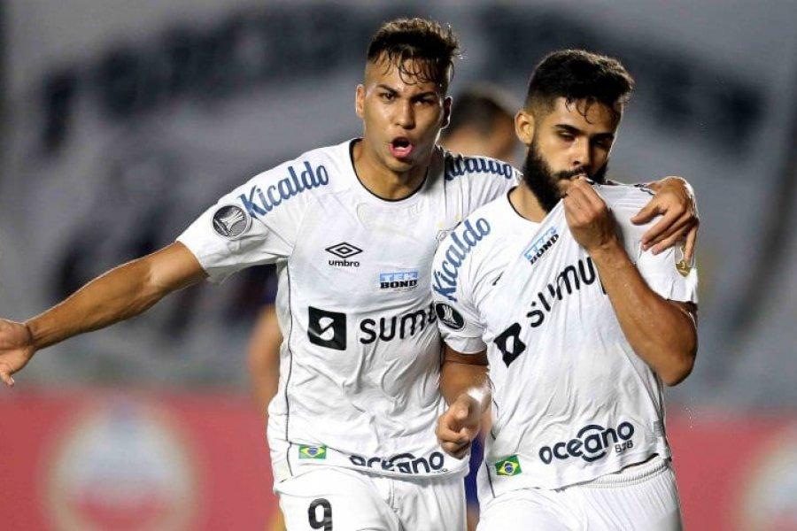 Boca cayó con Santos, quedó tercero y recibió un duro golpe antes del Superclásico
