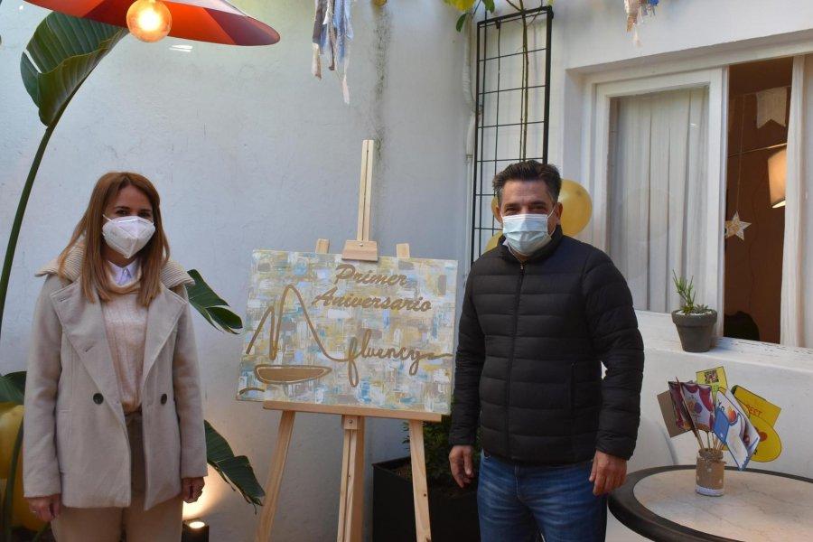 El Vice Intendente Morandini visitó y felicitó a Fluency en su primer aniversario