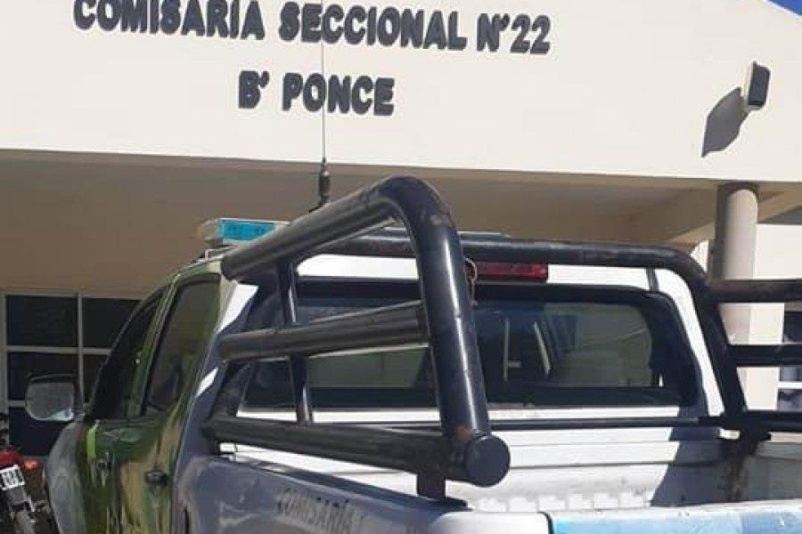 Entregaron un patrullero en mal estado a la Comisaría del barrio Ponce