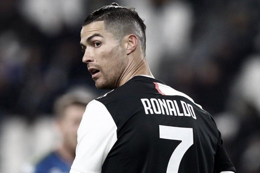 """Ronaldo faltó a una práctica de la """"Juve"""" para comprarse una Ferrari de 1.600.000 euros"""