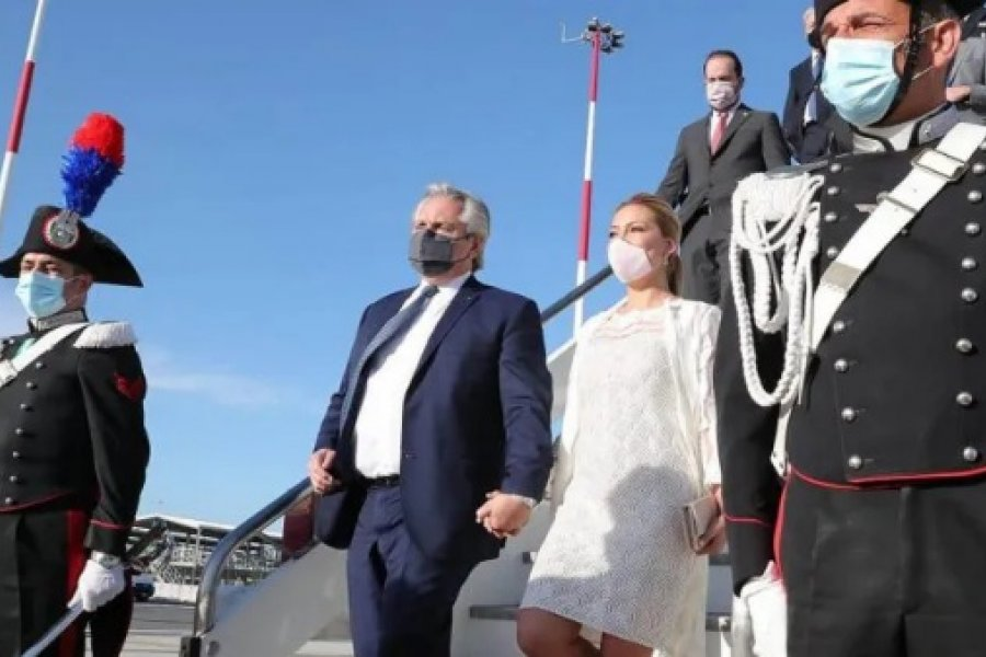 Alberto Fernández volvió al país tras su gira por Europa