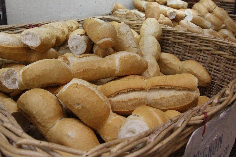 A partir del lunes se aplicará un aumento en el precio del kilo de pan