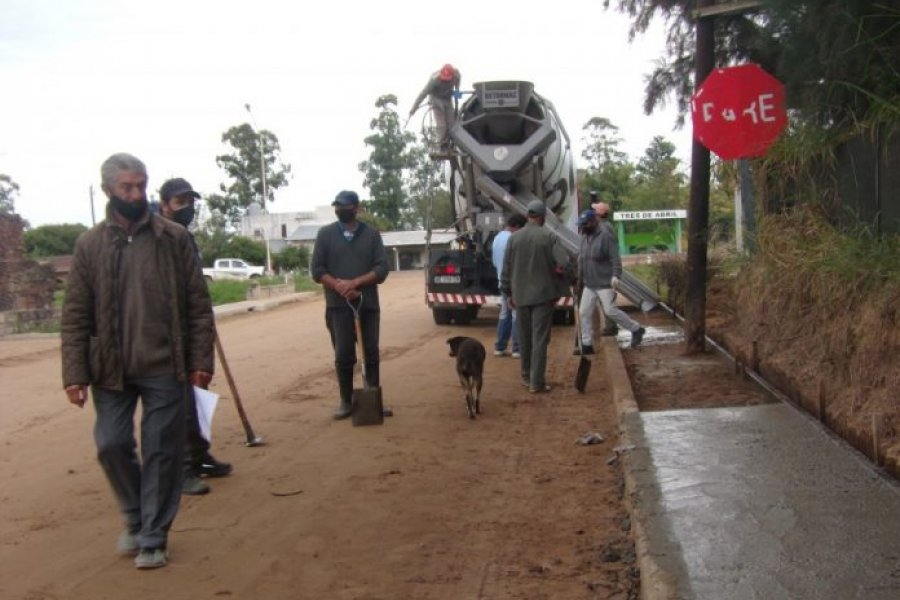 Tres de Abril: Pronta pavimentación del acceso principal a la localidad