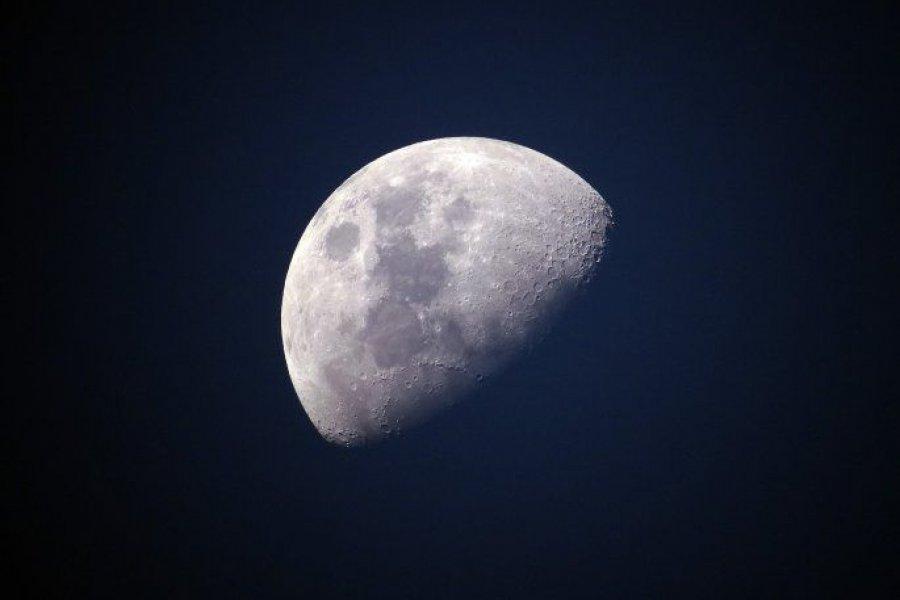 ¿Hay agua en la Luna? La NASA enviará un robot para averiguarlo