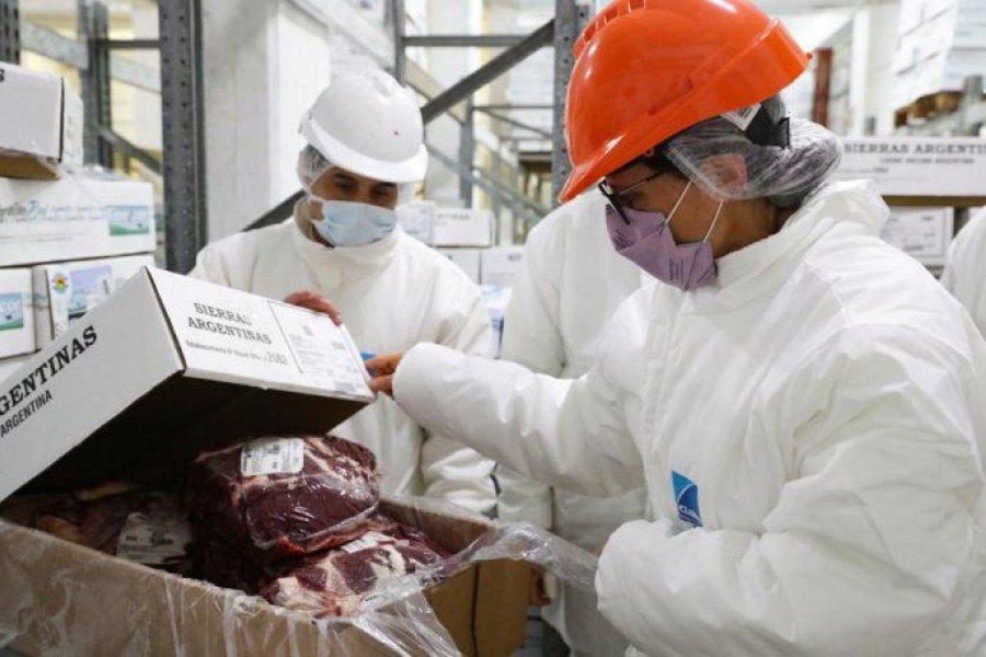 Aduana denunció a 19 frigoríficos por supuesto fraude en exportaciones