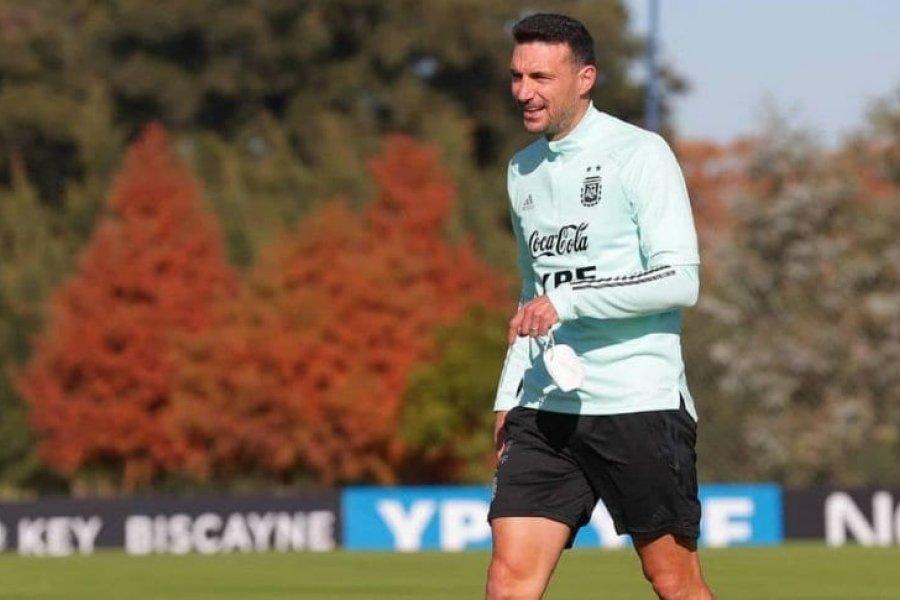 Scaloni ajusta detalles en la Selección Argentina y ya paró un equipo para jugar con Chile