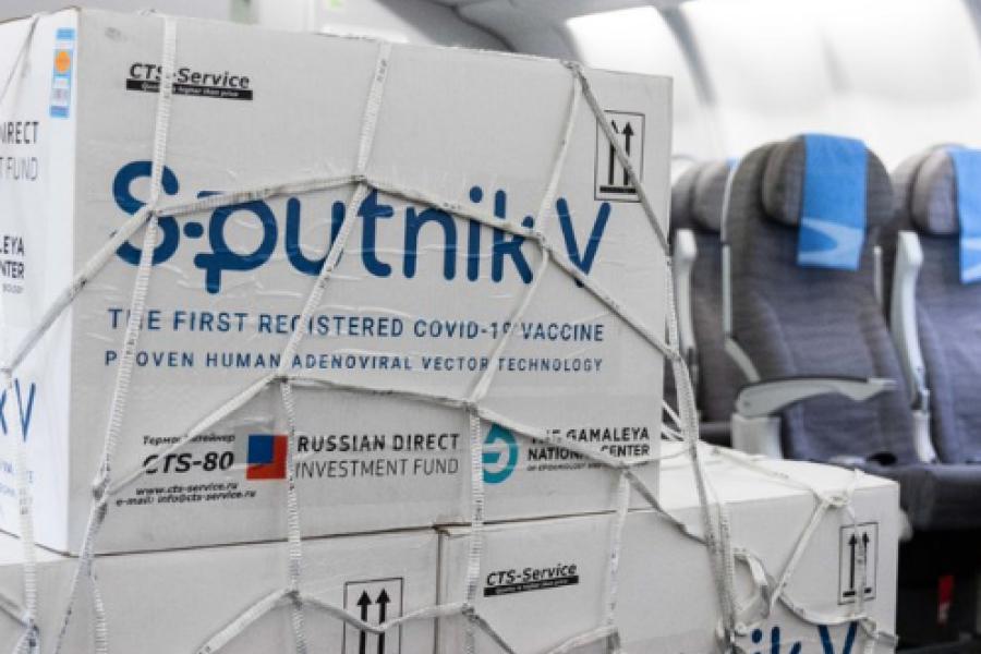 Partió un nuevo vuelo de Aerolíneas Argentinas a Rusia en busca de más vacunas Sputnik V