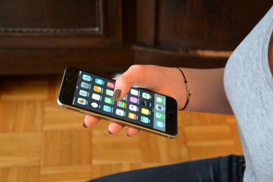 Anunciaron aumentos en la tarifa de telefonía fija, móvil, Internet y televisión