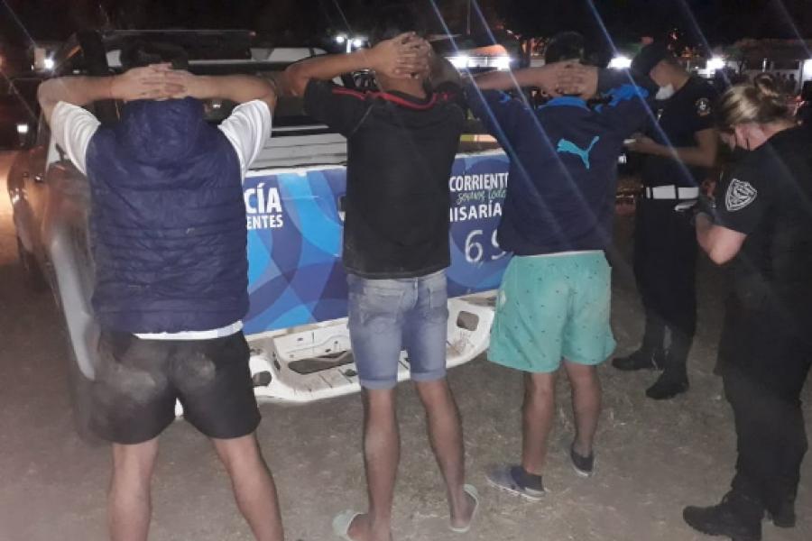 Fase 3: Más de 90 demorados en intensos operativos durante la madrugada en Corrientes