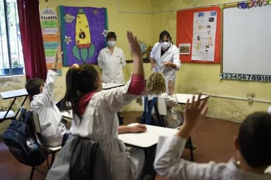 Solicitan al Gobernador se revea medidas de clases presenciales en Corrientes
