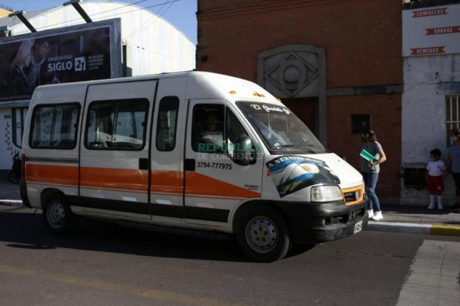 Transportistas escolares en crisis comienzan a migrar a otros rubros