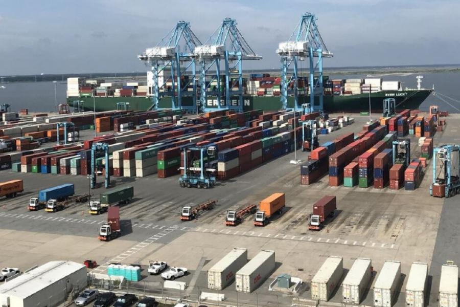 Los gringos, sus puertos y sus aguas
