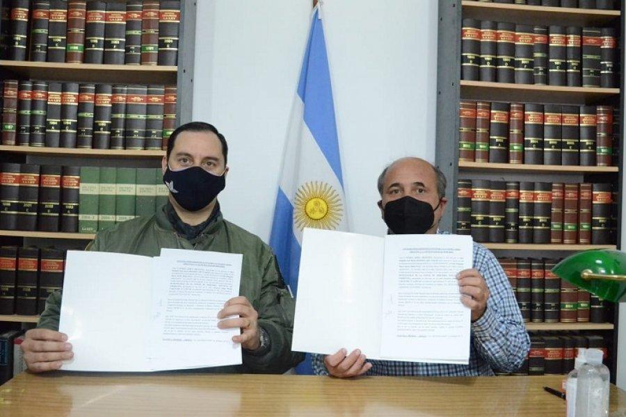 El Intendente firmó un convenio con la Fuerza Aerea Argentina para la instalación de radares