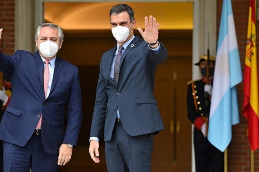 Fernández recibió a Pedro Sánchez en Casa de Gobierno
