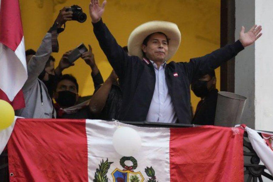Castillo se declaró ganador pero Fujimori aún espera resolución de la Junta Electoral