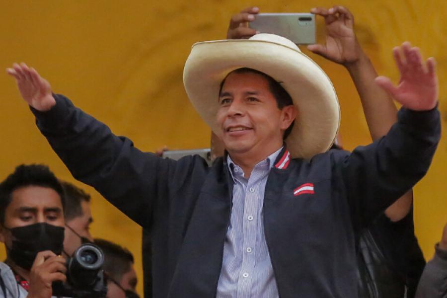 Elecciones en Perú: Nace un gobierno acechado por las  corporaciones