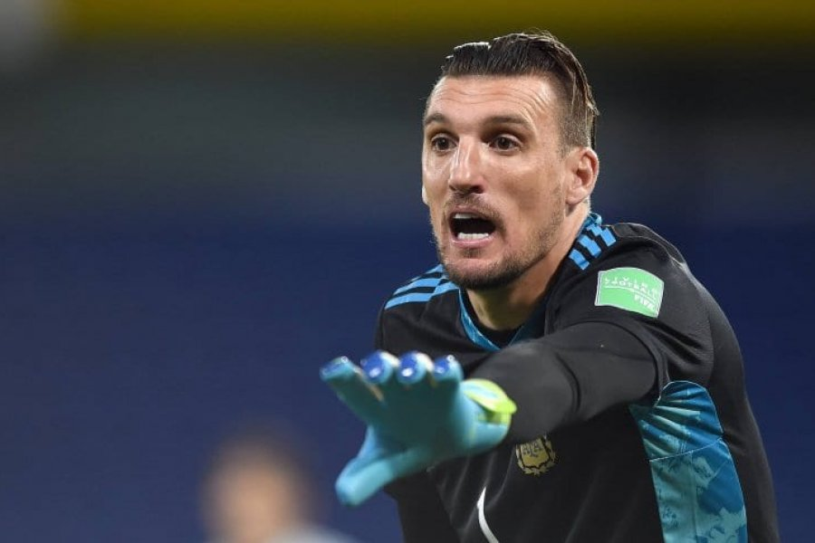 Armani irá a la Copa América, pese a un nuevo positivo de COVID-19