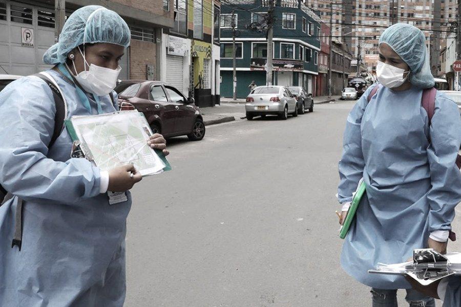 Colombia registra un récord de casi 600 muertes diarias