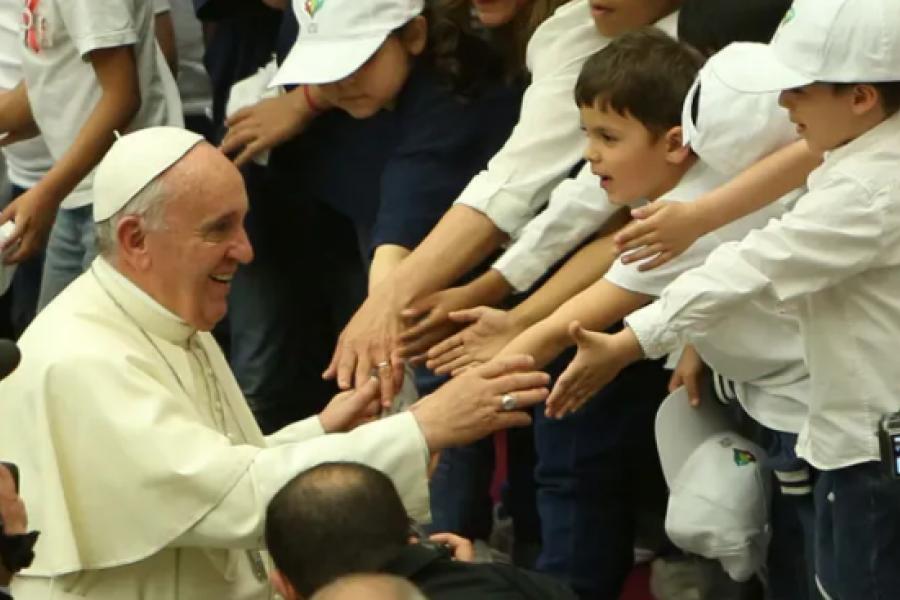 Los niños son el futuro, dice el Papa en el Día Mundial contra el Trabajo Infantil