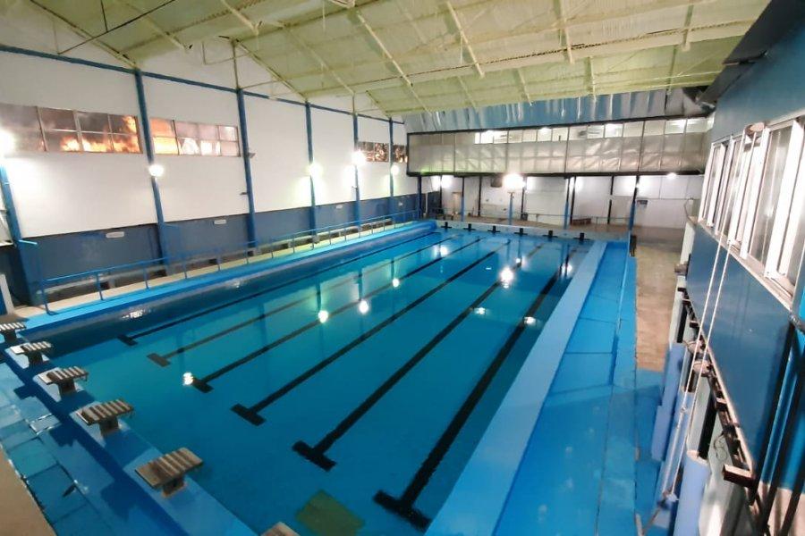 El lunes vuelve el renovado natatorio DEL Club Regatas