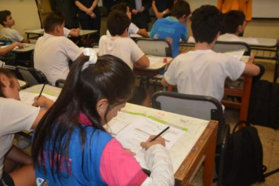 Protesta de docentes correntinos por el reinicio de clases presencial