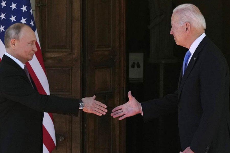 Llegó el día: Putin y Biden se ven las caras y el mundo mira con atención