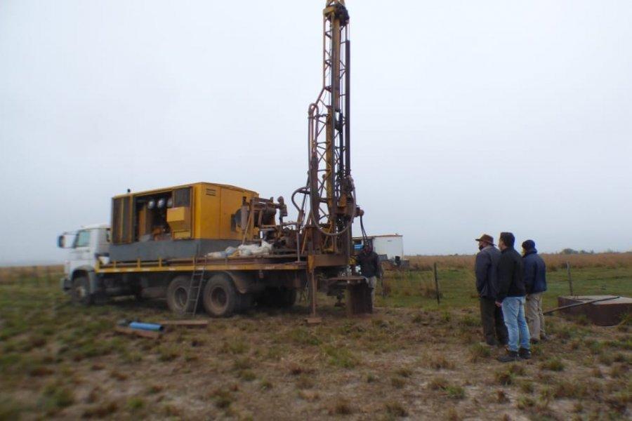 Obra de instalación de radares: Se comenzó con la perforación de agua potable