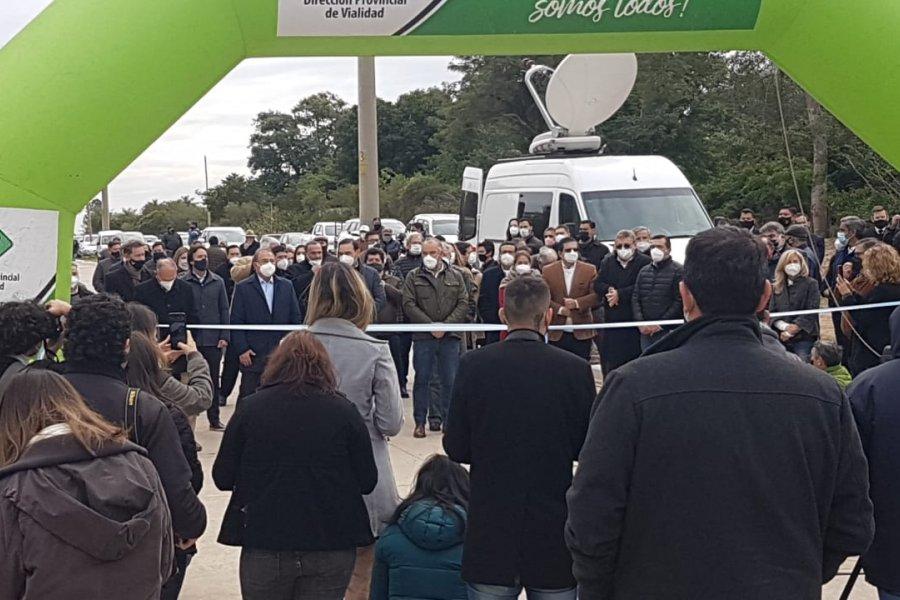 Impactante aglomeración en un acto oficial del Gobernador