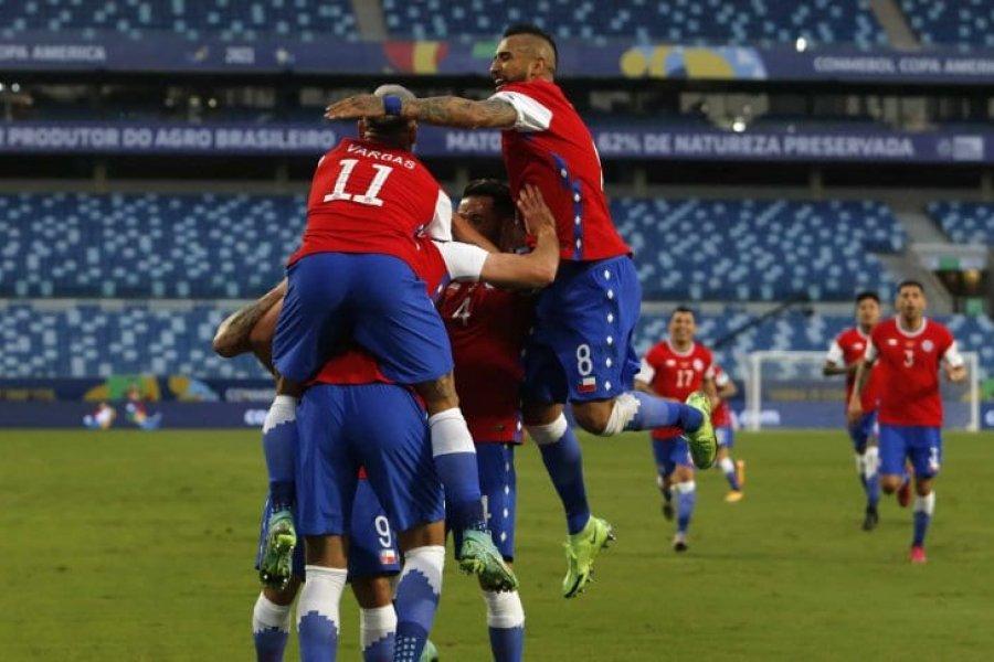 Chile venció a Bolivia y lidera el grupo de la Selección Argentina