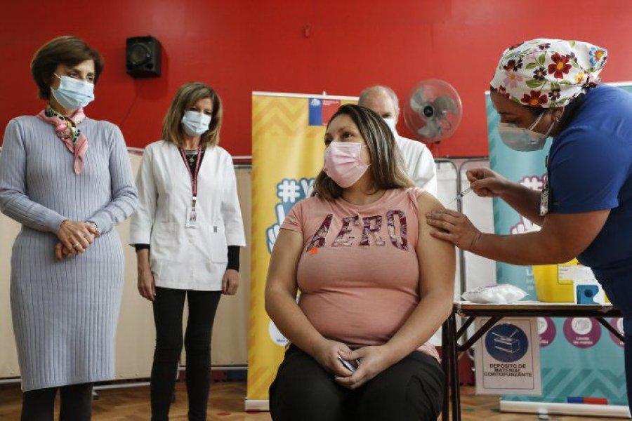 Chile estudia incluir una tercera dosis en su plan de vacunación contra el coronavirus
