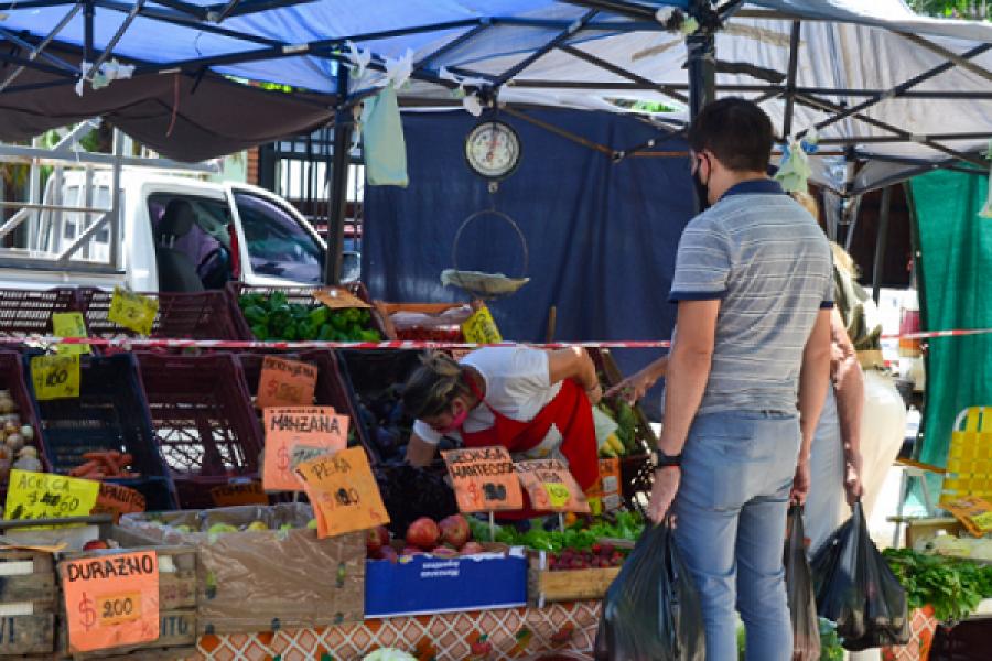 Las Ferias de la Ciudad llegan a los barrios Santa María y Pirayuí con variedad de ofertas