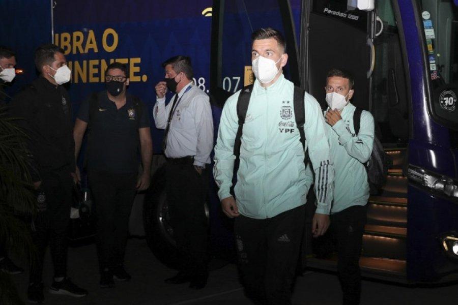Argentina enfrenta a Paraguay por la clasificación a cuartos de final