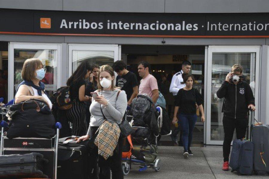 """Luz roja del Gobierno para el turismo al exterior: """"No es momento de viajar"""""""
