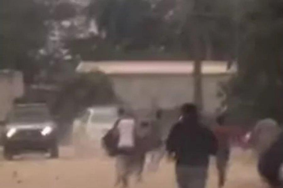 Apedrearon a policías por suspender un partido de fútbol en Corrientes