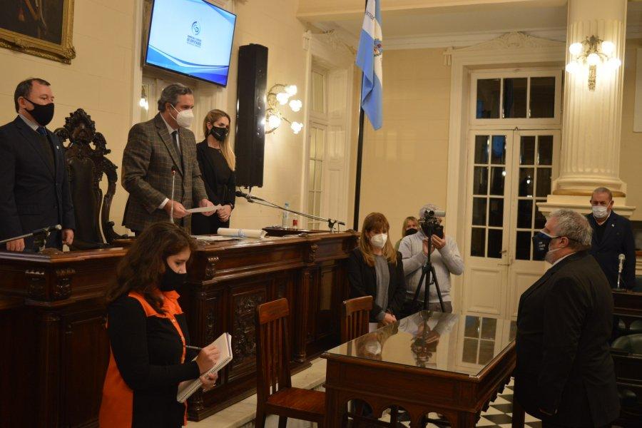 Mosquera juró como nuevo concejal de Capital
