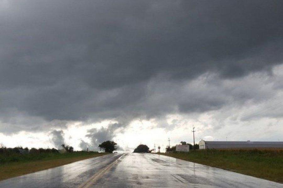 Corrientes: Emiten alerta naranja por tormentas