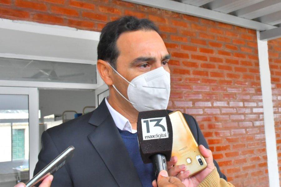El gobernador Valdés trató de alcahuete a la prensa y le puso un estate quieto a Vilma Ojeda