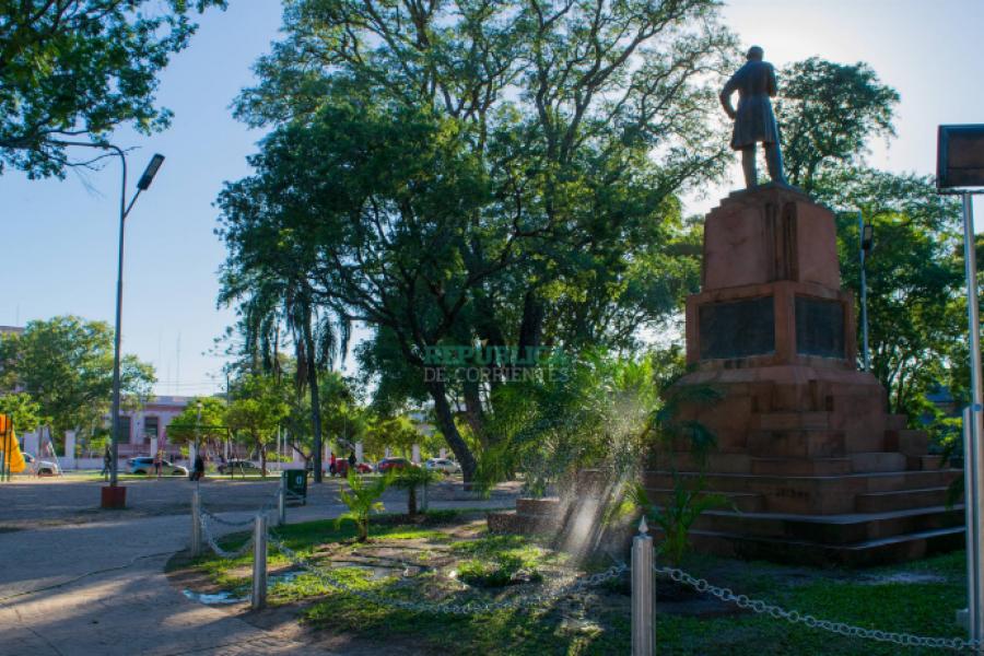 Proponen un monumento a los nuevos héroes civiles en la plaza LaCruz