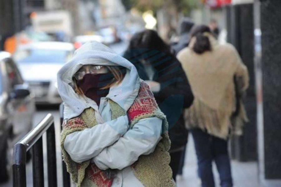 """Corrientes bajo """"advertencia violeta"""" por las bajas temperaturas que afectan a casi todo el país"""