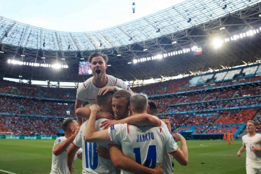 República Checa sorprendió a Países Bajos y se metió en cuartos de final de la Eurocopa 2021
