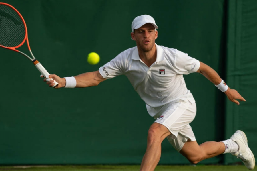 Peque Schwartzman se instaló en la segunda ronda de Wimbledon