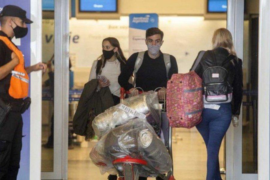 """La aclaración de Migraciones sobre los viajes al exterior: """"No hay 45 mil varados"""""""